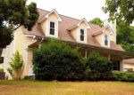 Foreclosed Home en RIVER BEND DR, Loudon, TN - 37774