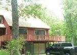 Foreclosed Home en WALLUM LAKE RD, Pascoag, RI - 02859