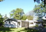 Foreclosed Home en W WESTWOOD DR, Adrian, MI - 49221