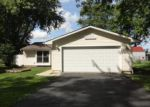Foreclosed Home en HUNTER DR, Elgin, IL - 60120