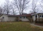 Foreclosed Home en S LAKE RD, Lincoln, IL - 62656