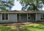 Foreclosed Home en VINCENT ST, Orange, TX - 77630