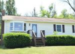 Foreclosed Home en S MAIN ST, Toms Brook, VA - 22660