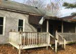 Foreclosed Home en W MAIN ST, Oakdale, IL - 62268
