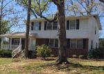 Foreclosed Home en E AUGUSTA ST, Mc Cormick, SC - 29835