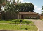 Foreclosed Home en HILLRIDGE RD, La Porte, TX - 77571