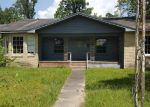 Foreclosed Home en PLUM GROVE RD, Cleveland, TX - 77327
