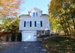 Foreclosed Home en BENEDICT ST, Terryville, CT - 06786
