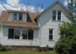 Foreclosed Home en 3 MILE RD, Bay City, MI - 48706