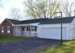 Foreclosed Home en EDWARDS RD, Circleville, OH - 43113