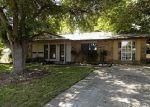 Foreclosed Home en SILVERTIP DR, San Antonio, TX - 78228