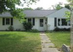 Foreclosed Home en HILLTOP DR, South Bend, IN - 46614