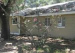 Foreclosed Home en COUNTY ROAD 768, Devine, TX - 78016