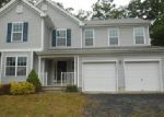 Foreclosed Home en DORSET DR, Bushkill, PA - 18324