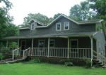 Foreclosed Home en JAMES STONE RD, Cedar Hill, TN - 37032