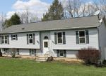 Foreclosed Home en HILLVIEW DR, Factoryville, PA - 18419