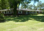 Foreclosed Home in W BARNARD ST, Glennville, GA - 30427