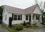 Foreclosed Home en S CANNON BLVD, Shelbyville, TN - 37160