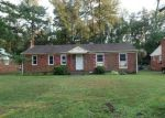 Foreclosed Home en REPUBLIC DR, Richmond, VA - 23225