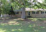 Foreclosed Home en BEVILLE DR, Sutherland, VA - 23885