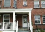 Foreclosed Home en EDWARDS AVE, Lakewood, OH - 44107