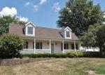 Foreclosed Home en BLOSSOM LN, Zanesville, OH - 43701