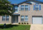 Foreclosed Home en POWDERHOUSE DR, San Antonio, TX - 78239