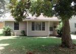 Foreclosed Home en HANSEN ST, Groves, TX - 77619