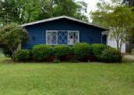 Foreclosed Home en LUCKETT ST, Greenwood, MS - 38930