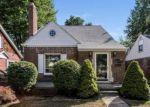 Foreclosed Home en OLMSTEAD ST, Dearborn, MI - 48124