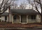 Foreclosed Home en S MADISON AVE, Madisonville, KY - 42431