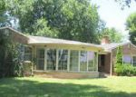 Foreclosed Home en NASHVILLE RD, Russellville, KY - 42276