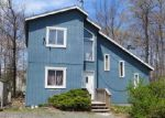 Foreclosed Home en BRANDYWINE DR, Tobyhanna, PA - 18466