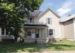 Foreclosed Home en S DAWSON ST, Uhrichsville, OH - 44683