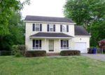 Foreclosed Home en BROOKFIELD CIR, Sanford, NC - 27330