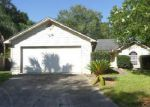 Foreclosed Home en PIMMIT HILLS DR, Jacksonville, FL - 32244