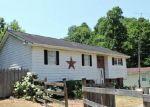 Foreclosed Home en LICK CREEK RD, Danville, WV - 25053