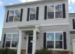 Foreclosed Home en BURBERRY LN, Charles Town, WV - 25414