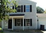 Foreclosed Home en HIDEAWAY CT, Simpsonville, SC - 29680
