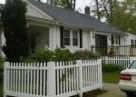 Foreclosed Home en SEMINOLE AVE, Absecon, NJ - 08201