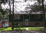 Foreclosed Home en VASSAR ST NE, Forest Lake, MN - 55025