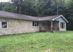 Foreclosed Home en WOODLAND CIR, West Terre Haute, IN - 47885