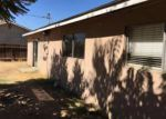 Foreclosed Home en DOUGLAS ST, Porterville, CA - 93257