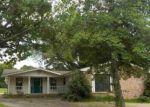 Foreclosed Home en DEERWOOD DR, Morrilton, AR - 72110