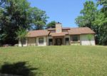 Foreclosed Home en SHULSEN DR, Ozark, AL - 36360