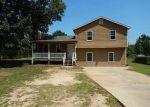 Foreclosed Home en ELSBERRY RD, Dallas, GA - 30157