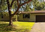 Foreclosed Home en CARRIAGE HILLS DR S, Cambridge, MN - 55008