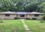 Foreclosed Home en E HOMOCHITTO RD, Gloster, MS - 39638