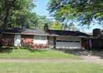 Foreclosed Home en MOREHOUSE AVE, Elkhart, IN - 46516