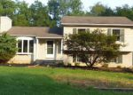 Foreclosed Home en RIVER VIEW DR, Blairstown, NJ - 07825